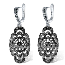 Ajojewel New Retro Hollow Flower Drop Earrings For Women Vintage Black Rhinestone Jewelry Party Gifts