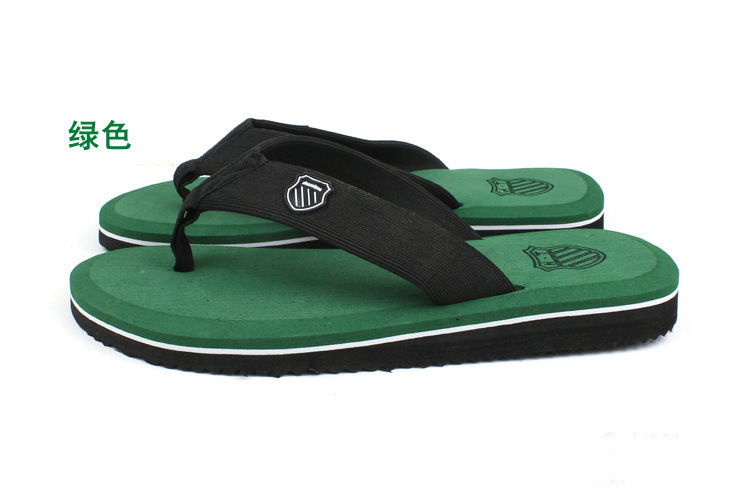 c129fd8f2ec2 2018 Summer Chinelo Sandals Slippers Leisure Sandals Tide Beckham Beach  Slippers Flip Flops Men Flops Pinch Wholesale Flip flops-in Slippers from  Mother ...