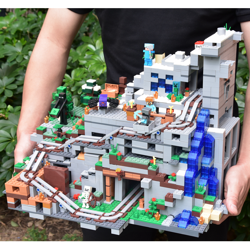 купить 2659PCS My world Minecraft The Mountain Cave Mini Action Figures Building Block Bricks Zombie Toys For Children 21137 Christmas недорого