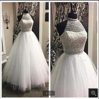 2017 vestido de festa abito di sfera bianco abito da sposa sheer torna neckline del halter che borda perle elegante abiti da sposa più venduti