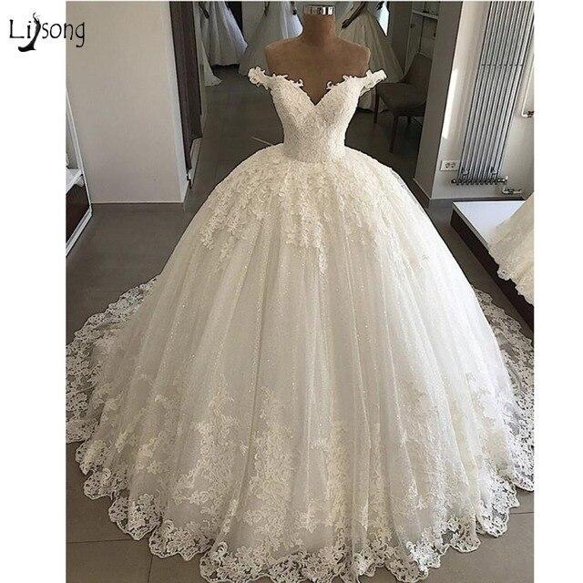 2018 Vintage Kant Trouwjurken Plus Size Applicaties Dubai Elegante Bruidsjurken Lace Up Puffy Baljurken Vestido De Novia