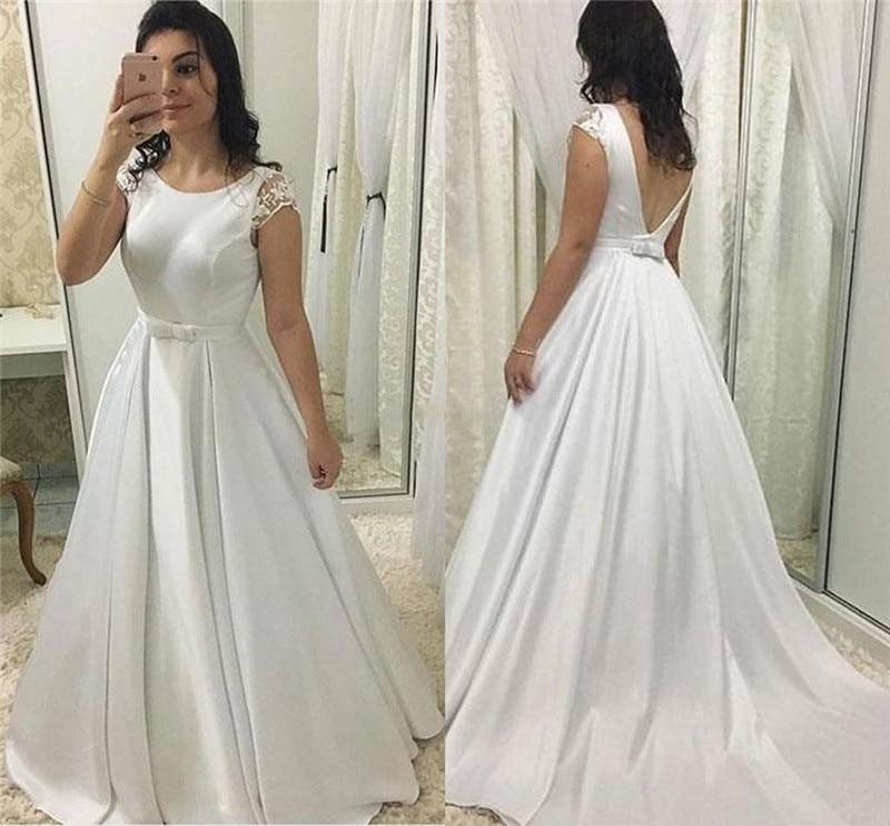 Robes de mariée élégantes avec capuchon en dentelle manches bijou cou Satin une ligne robes de mariée en V dos nu balayage Train sur mesure