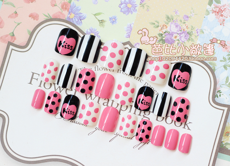Love red fake nails nail glue fake nails cute Japanese models Kiss ...