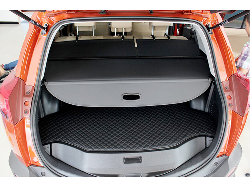 цена на Black! Retractable Rear Load Cover Cargo Luggage Cover Parcel Shelf For Toyota RAV4 RAV 4 XA40 2013 2014 2015 Car Styling