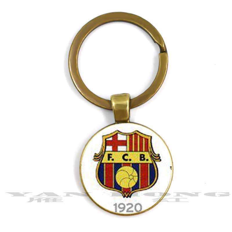 1899 เป็น birth of ทีมเคารพโดยคนออกจากหลายเกมที่ยอดเยี่ยมสำหรับคน, แก้วคริสตัลพวงกุญแจ 25 มม.Pend