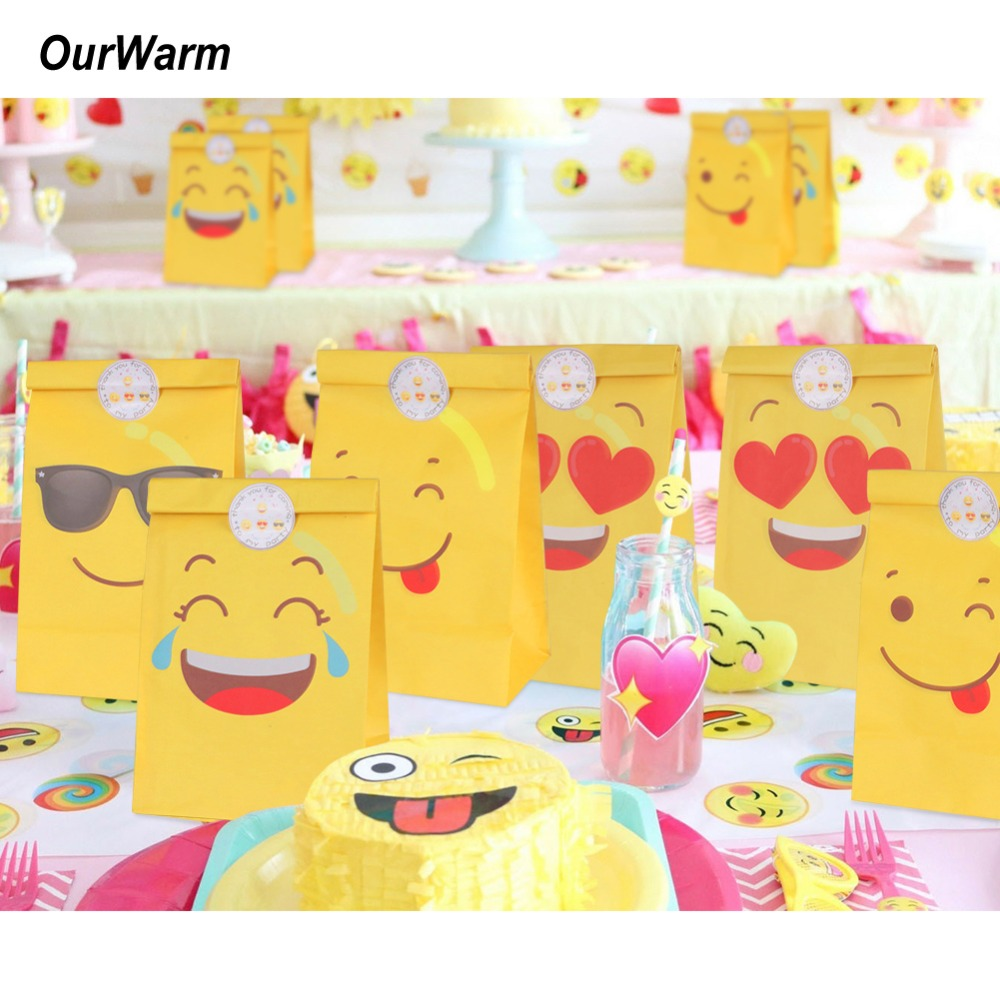 OurWarm 120pcs Emoji Party Favors Kraft Paper Bag Cute Sweets and Candy Packing Bags Wedding Gift