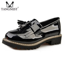 New Women Patent Leather Shoes 2016 Fashion Tassel Women Low Heel Shoes Sliver& Black Solid Slip-on Platform Shoes Woman XWD2992
