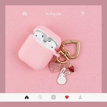 Funda de silicona rosa para Apple Airpods, accesorios para auriculares Bluetooth, funda protectora de dibujos animados, llavero de conejo