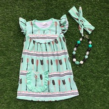 2016 бесплатная доставка новые девочки одежда 2 — 7 лет девушки зеленая стрела платье с соответствующими ожерелье и повязка на голову