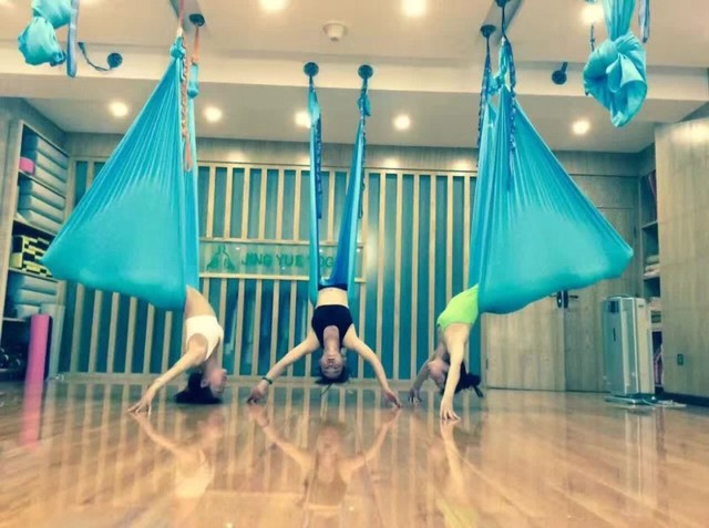 1 meter customized length aerial flying yoga hammock frabic swing trapeze anti gravity inversion traction 1 meter customized length aerial flying yoga hammock frabic swing      rh   aliexpress