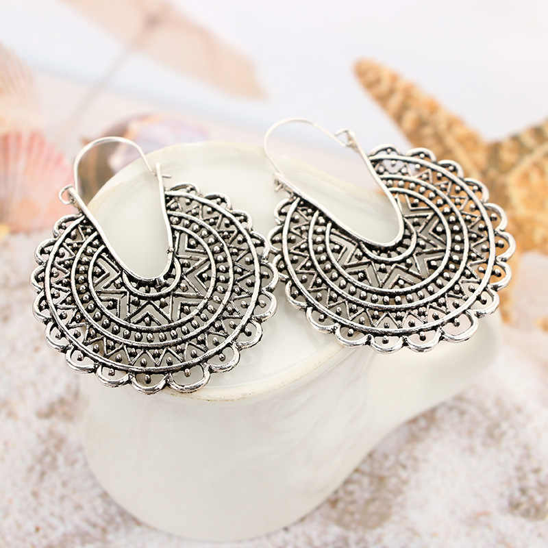 2019 New Bohemian ancient silver geometric round carved hollow earrings Fashion pattern earrings Memorial gifts for women
