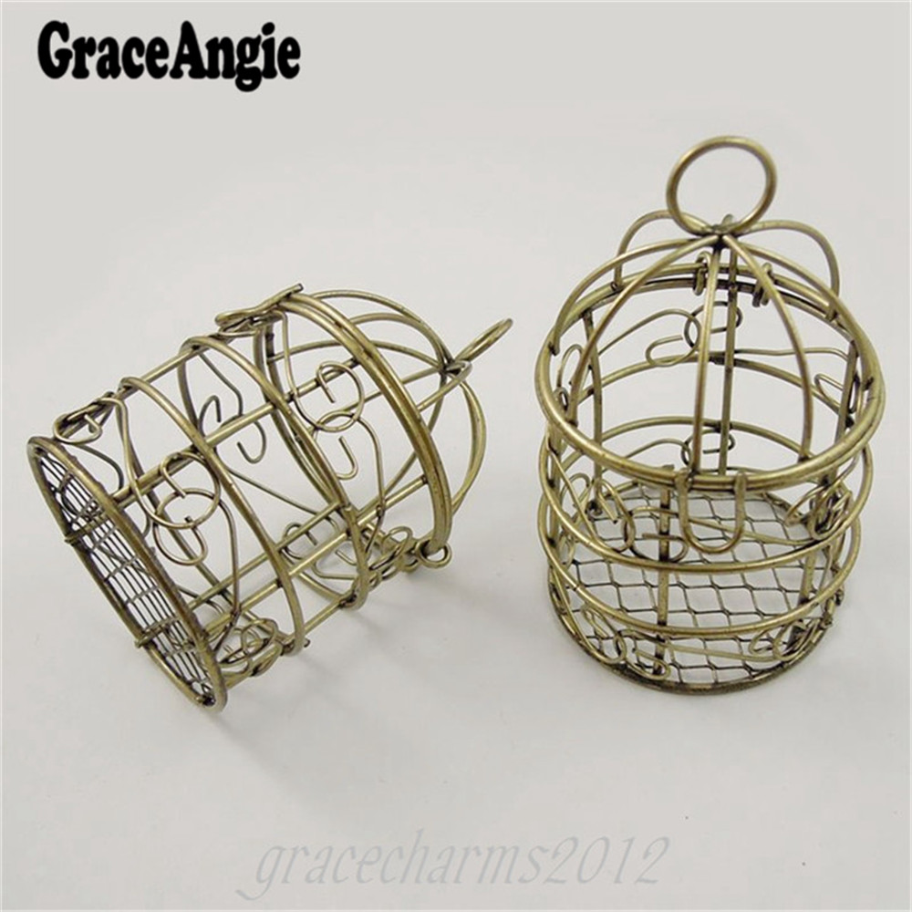 GraceAngie 2pcs naturale stile rustico romantico squisita bronzo anticato Hollow Bird Cage Type Iro Pendente Charms Accessorio