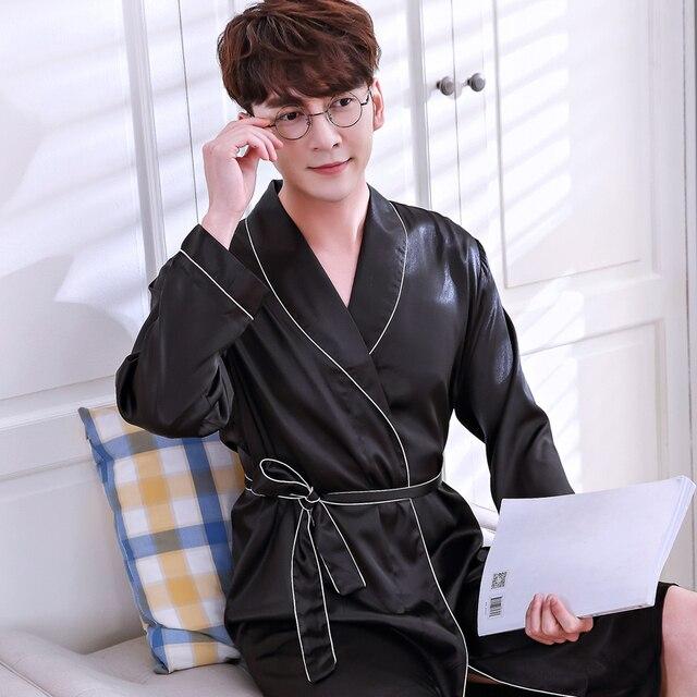 2018 Лето поступление любителей Роскошный шелк фланель длинный халат мужские кимоно Банный халат для мужчин и женщин Ночной халат мужской халаты