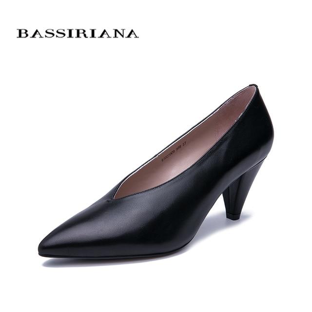 BASSIRIANA 2019 nuovo scarpe donna in pelle naturale tacco Medio scarpe Classiche a punta pattini di vestito Trasporto libero