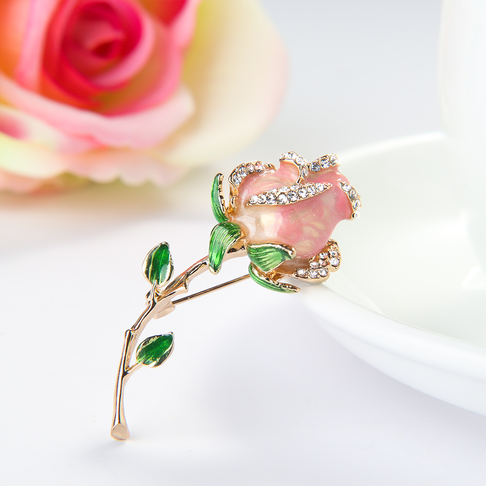 New Elegant Rose Flower Shape Brooch Scarf Rhinestone Buckle Pin Delicate Fashion Jewelry Clothing Accessories Women Gifts