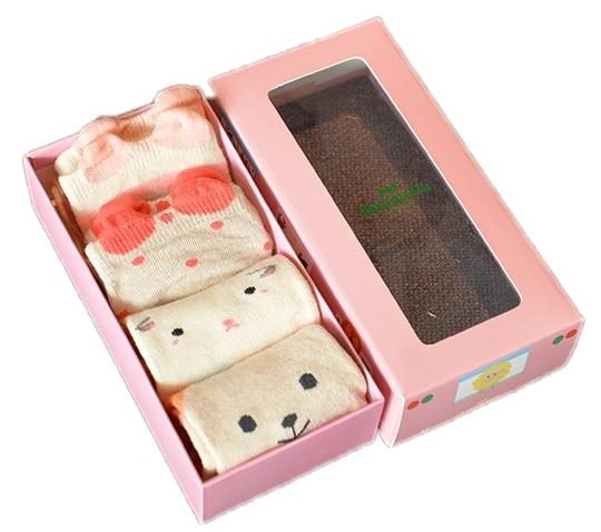 4 Par Cotton Baby Sokker Cartoon Animal Pattern Toddler Nyfødte Floor Socks Ingen Bone Promoted Short Socks Gavekasse Pacakge