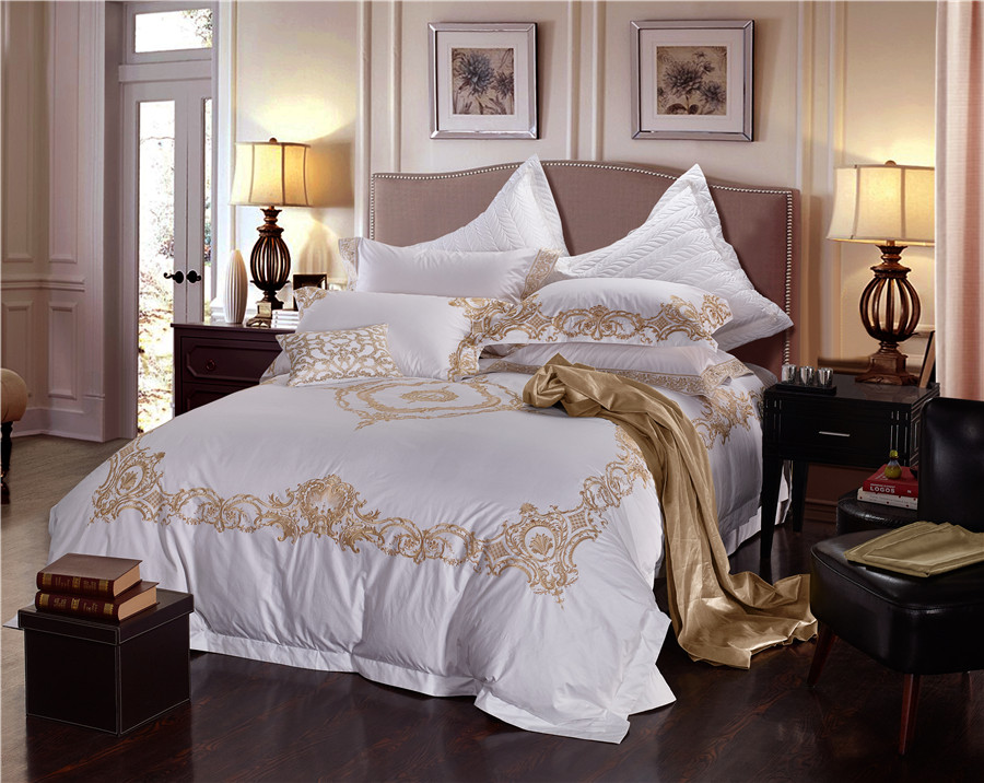 Red/White Egyptian Cotton Luxury Royal Wedding Bedding Set King Queen Size Golden Embroidery Duvet Cover Bed sheet spread set Red/White Egyptian Cotton Luxury Royal Wedding Bedding Set King Queen Size Golden Embroidery Duvet Cover Bed sheet spread set