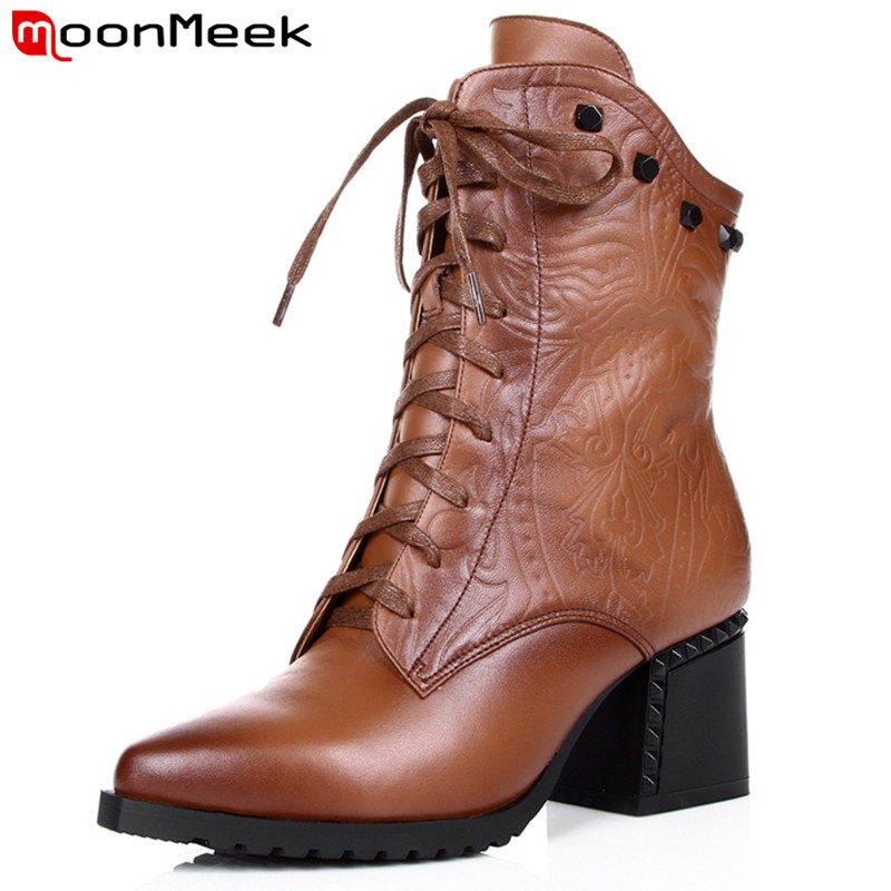 ФОТО MoonMeek women pu+genuine leather boots lace up pointed toe black brown thick high heels motorcycle ankle boots winter shoes