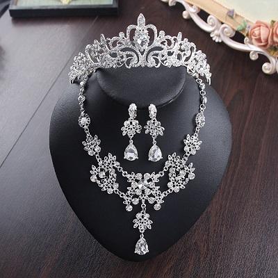 Bride Diaries New Design Crystal Pearl Bride 3pcs Set Necklace Earrings Tiara Bridal Wedding Jewelry Set Accessories (23)