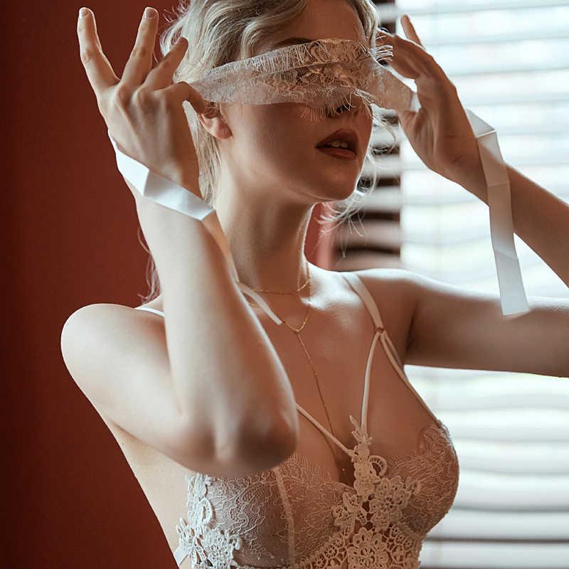 Sexy mousse dos nu femmes vêtements de nuit robes de nuit avec string ensembles v-cou dentelle sexy jeune fille rayure design noir blanc rouge nouveau
