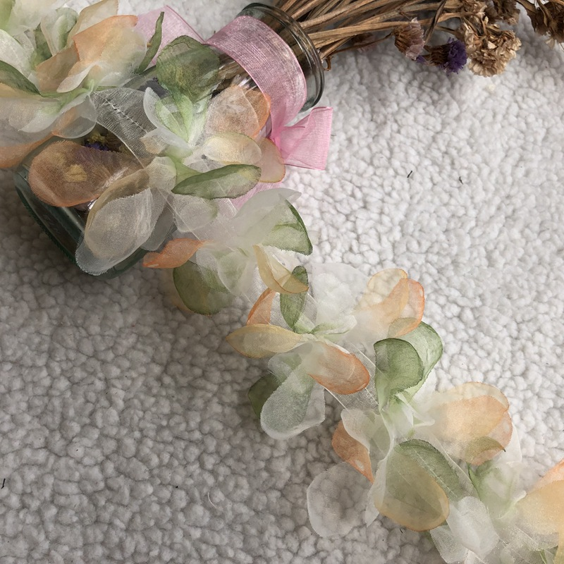 Embroidered lace leaves tri-color barcode color flower clothing accessories
