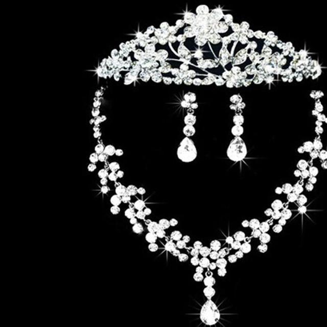 2016 Mujeres Sistemas de La Joyería Nuevo Collar de diamantes de Imitación Accesorios de Fábrica Al Por Mayor Venta Caliente de la Joyería de Moda de Novia de la Boda