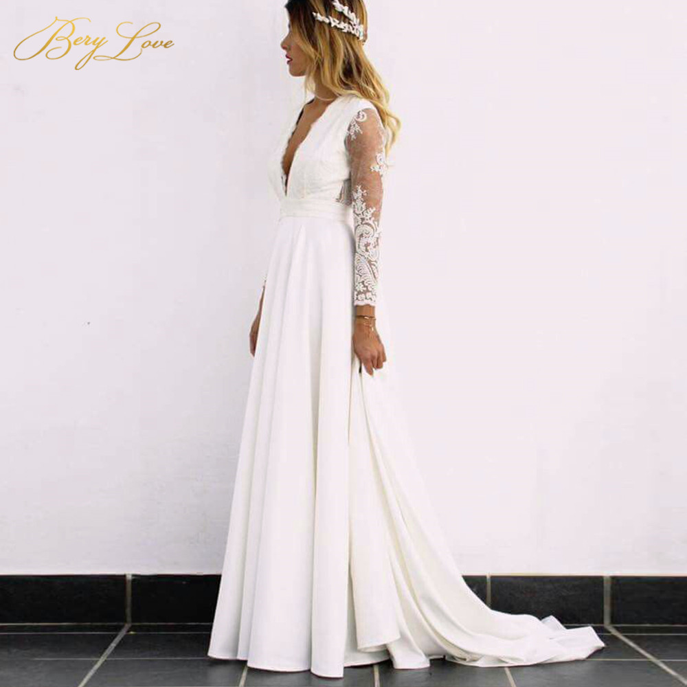 BeryLove Boho Long Sleeves Wedding Dresses Elegant Open Back Lace Wedding Gowns 2019 Bridal Gowns Dresses