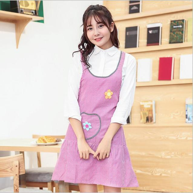 New Fashion Cute Flower Pattern Stripe Cotton Aprons Embroidery Korean Shoulder Strap Apron Kitchen Apron With Pocket Delantal