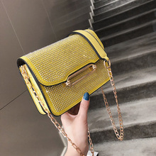 купить Female Crossbody Bags For Women 2019 High Quality Leather Luxury Handbag Designer Sac A Main Ladies Rivet Shoulder Messenger Bag по цене 973.06 рублей