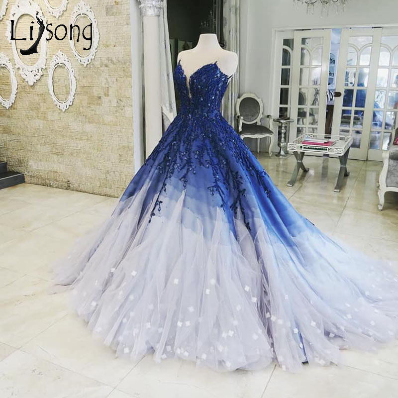Vintage Mix Color Lush Prom Dresses Delicate Embroidery Ball Gowns Shiny Crystal Beaded Prom Gowns 3D Flower Tiered Prom Dress