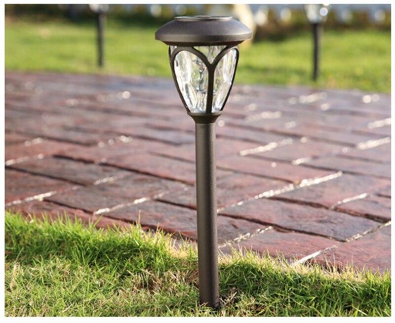 Luci Da Esterno Giardino Solari : Illuminazione da esterno giardino e arredamento esterni