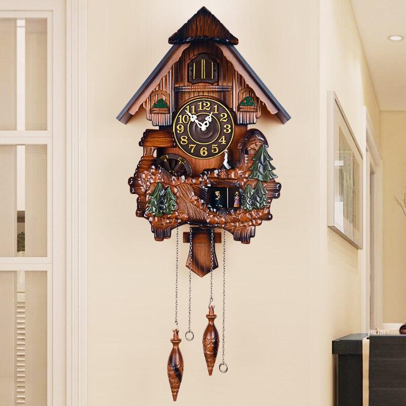 Horloges pour enfants en bois massif européen horloges pendulaires décoration de salon créative