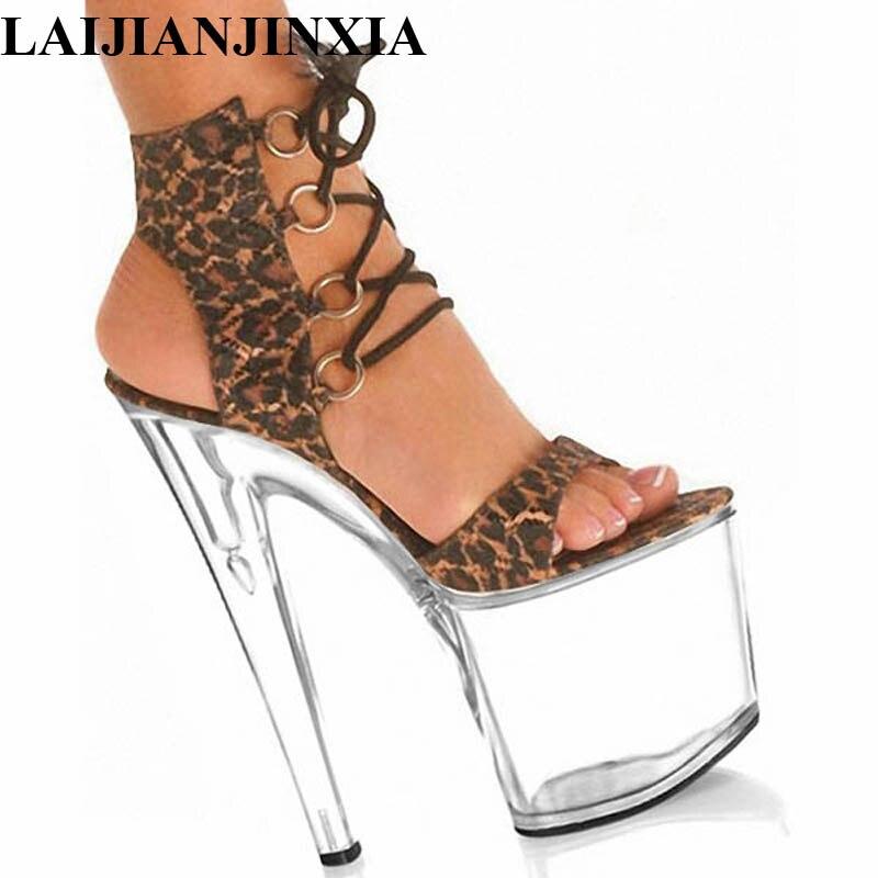 Aliexpress.com  Comprar LAIJIANJINXIA 8 pulgadas Sexy leopardo estampado tacones  altos con plataforma cristal zapatos 20 cm señora exótica bailarina zapatos  ... fc4a8d0889ca