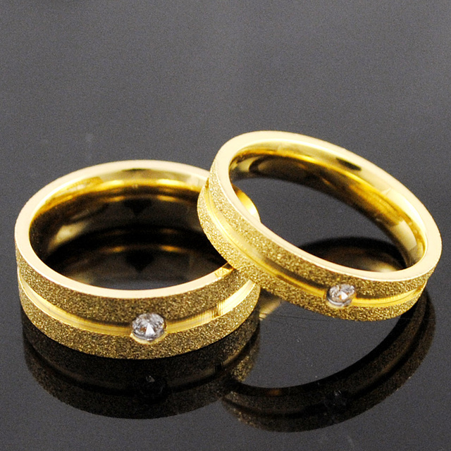 Romantic Gold Frosted Rhinestone Rings For Men And Women Lovers