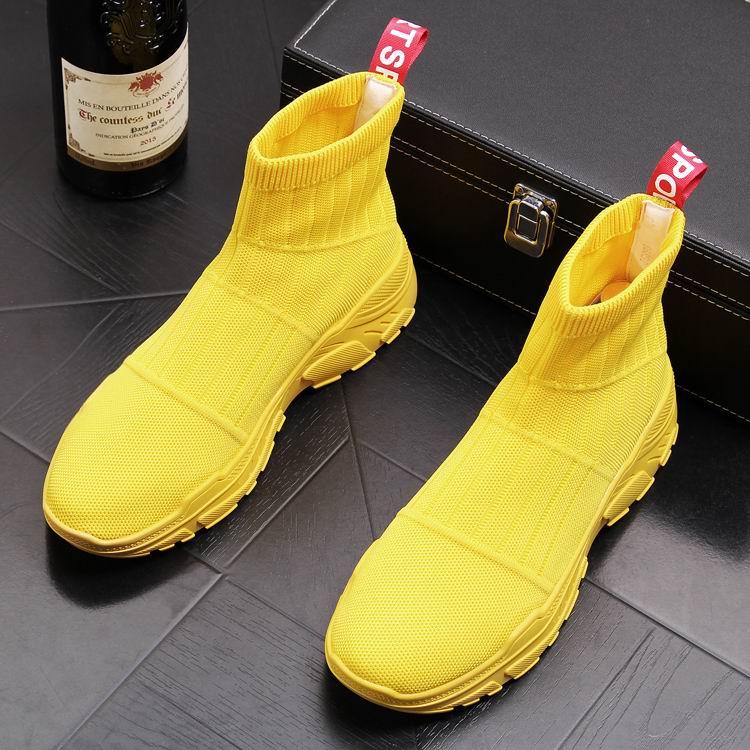 ERRFC Luxe Mens Geel Casual Comfort Schoenen Hoge Top Sokken Schoenen Man Ademend Korte Cowboy Laarzen Zwart Trending Enkellaarsjes-in Motorolie van Schoenen op  Groep 3