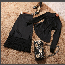 2017 New High Quality Summer Fashion Temperament Leisure Slim Long Sleeved Shirt + Placket Pleated Blck Skirt Suit