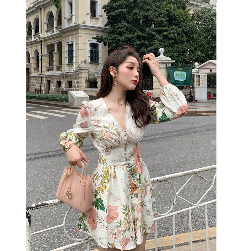 HTB15I vdBKw3KVjSZTEq6AuRpXas - Fashion Runway Holiday Rompers Female Sexy V-Neck High Waist Short Jumpsuit Elegant Womens Long Sleeve Vintage Floral Playsuits