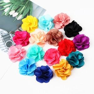 Image 4 - 100 Pcs לערבב צבעים מיני שיפון בד פרח עבור הזמנה לחתונה פרחים מלאכותיים עבור שמלת קישוט