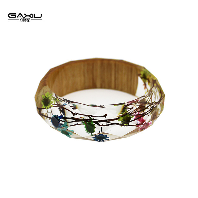 New Bangles Women Resin Bangle Real Dried Star Daisy Colorful Charm Wooden Transpa Design Cuff Bracelet