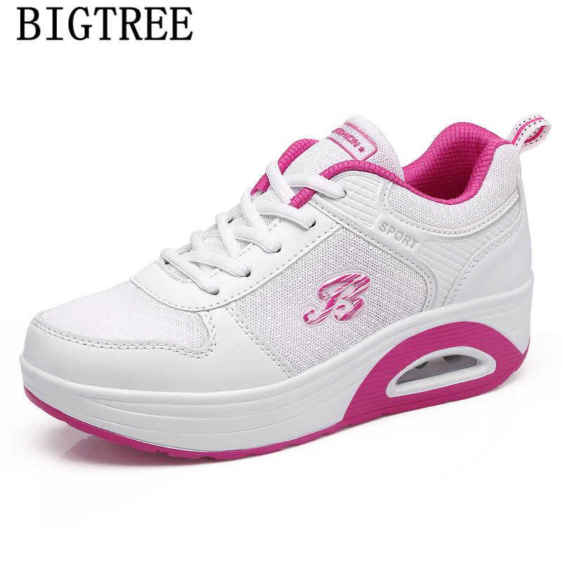 แพลตฟอร์มรองเท้าผ้าใบผู้หญิง vulcanized รองเท้า air mesh wedge รองเท้าผ้าใบ tenis feminino casual รองเท้าผู้หญิงรองเท้าผ้าใบสีดำผู้หญิง