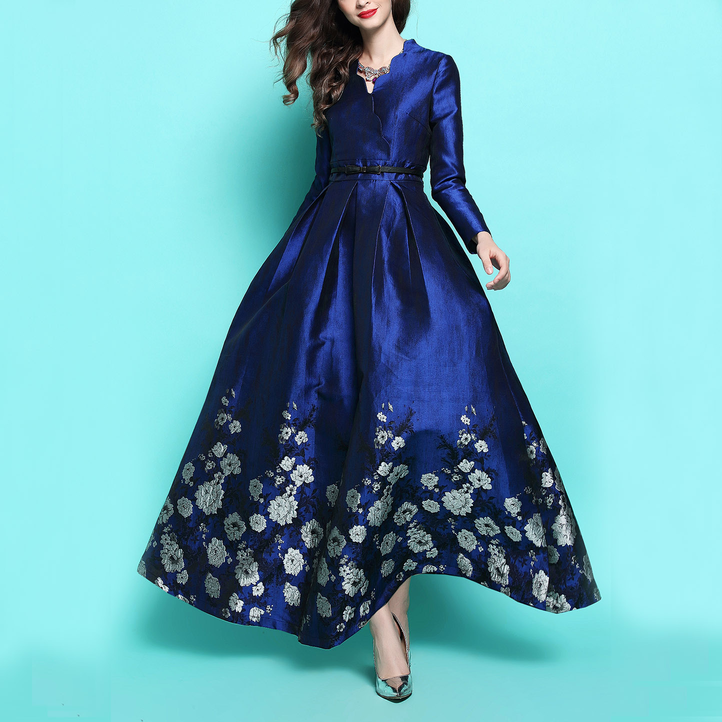 New Fashion Autumn And Winter Blue Floral Jacquard Long
