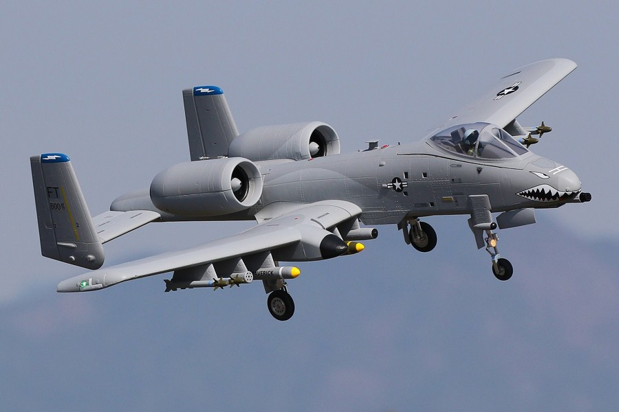 цена на FMS RC Airplane A-10 A10 Thunderbolt II 70mm Twin Ducted Fan EDF Jet Grey 6CH with Retracts PNP Big Scale Model Plane Aircraft