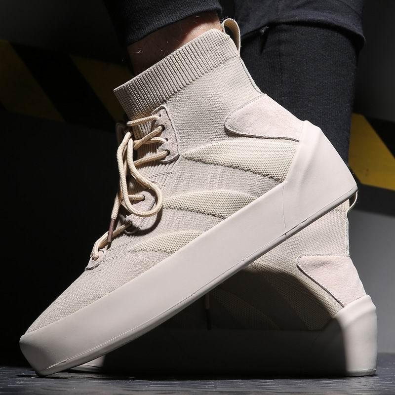 ERRFC 2019 nowy gorący sprzedawanie mężczyzna piasek botki Lace Up trendy skarpetki męskie buty wysokiej góry wypoczynek na co dzień wygodne buty 38 45 w Buty motocyklowe od Buty na  Grupa 1