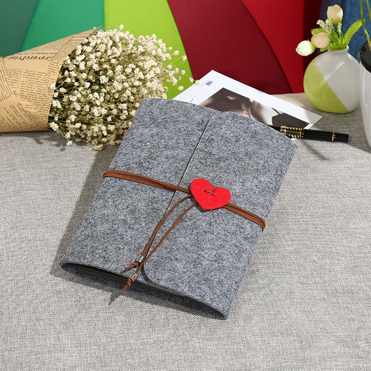 8 Inch Handmade DIY  Vintage Felt Cover Scrapbook Photo Albums Memory Book With 30 Black Sheets For Birthday Valentines Day Gift