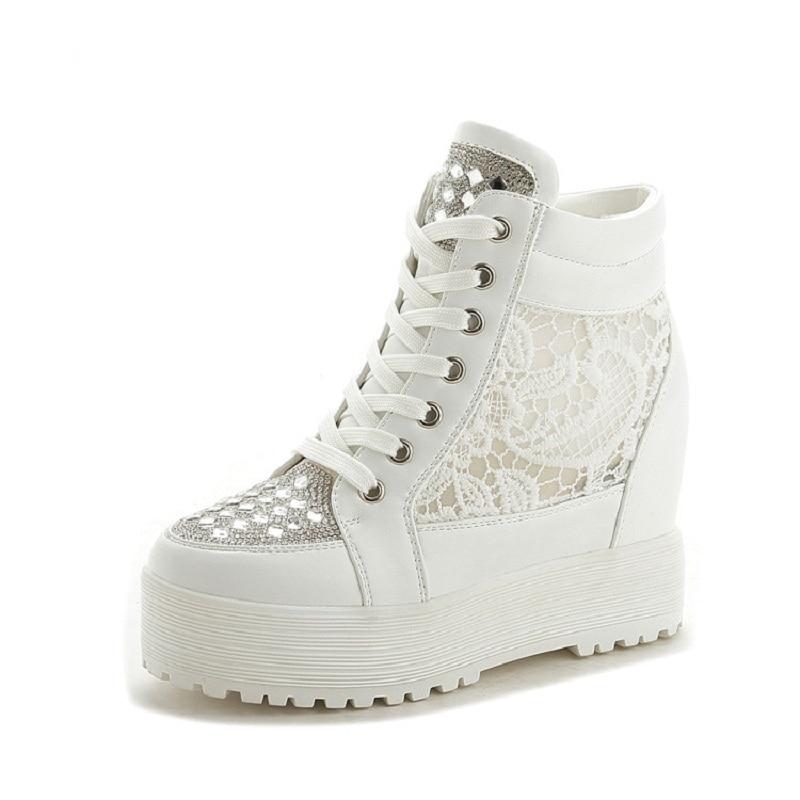 ФОТО Women Pumps Comfortable Cushioning Lightweight White Black Pumps Women Outdoor Shoes AA30014