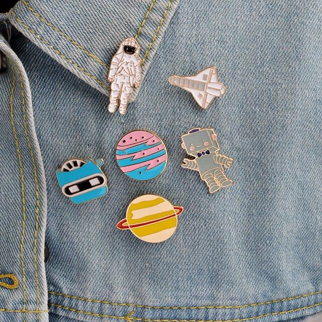 6 pcs/set Enamel Pins Button Astronaut Robot Planet Space shuttle Universe Warfa