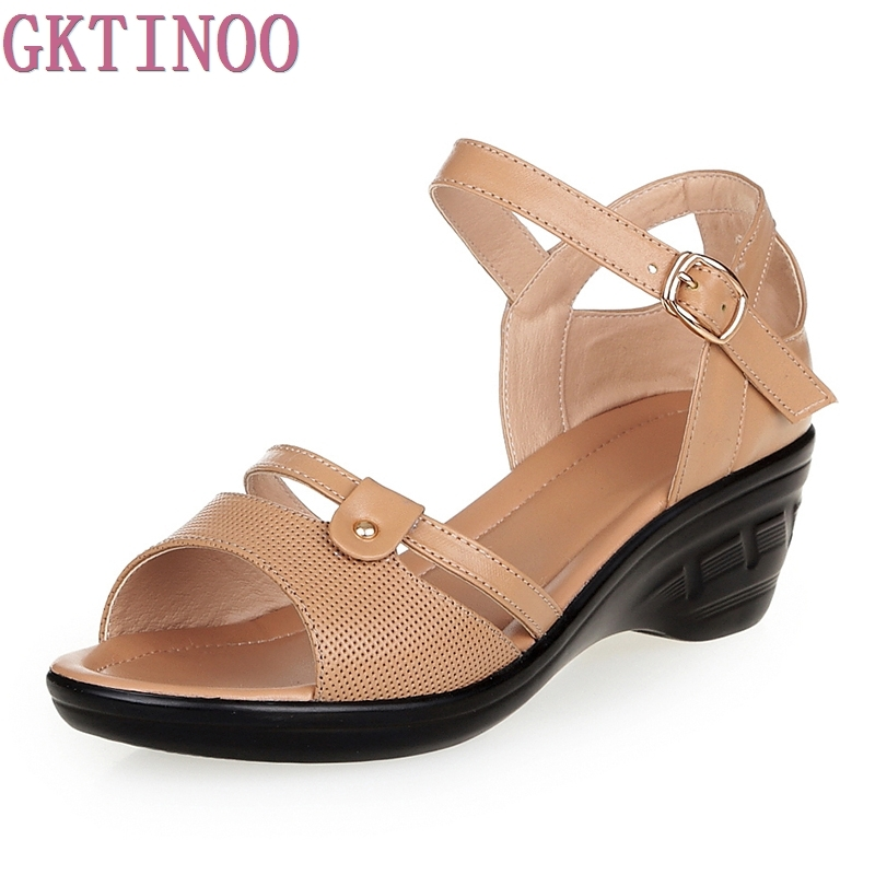 Cowhide Middle-aged Mother Sandals 2018 Summer New Genuine Leather Female Sandals Casual Wedges Women Shoes Plus Size 40-43 aiyuqi2018 new genuine leather women summer sandals comfortable fish casual mouth plus size 41 42 43 mother sandals shoes female