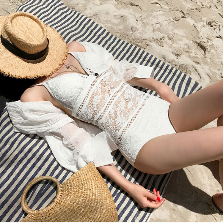 2018 one piece suits swimsuit sexy lace strap lady swimsuit women fused swimwear female bather solid backless nylon bikinis cool one piece swimsuits trikinis high cut thong swimsuit sexy strappy monokini swim suits high quality denim women s sports swimwear