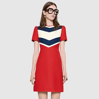 חדש מיוחד אירופאי אופנה יום השנה החדשה שמלת מסלול נראה אדום לדקלם נשים לטפח מוסר שרוול קצר שמלה