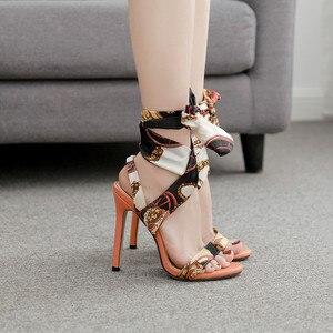 Image 2 - Luxus Schuhe Frauen Designer High Heels Riband Sandalen 2019 Party Lässig Elegante Damen Schuhe